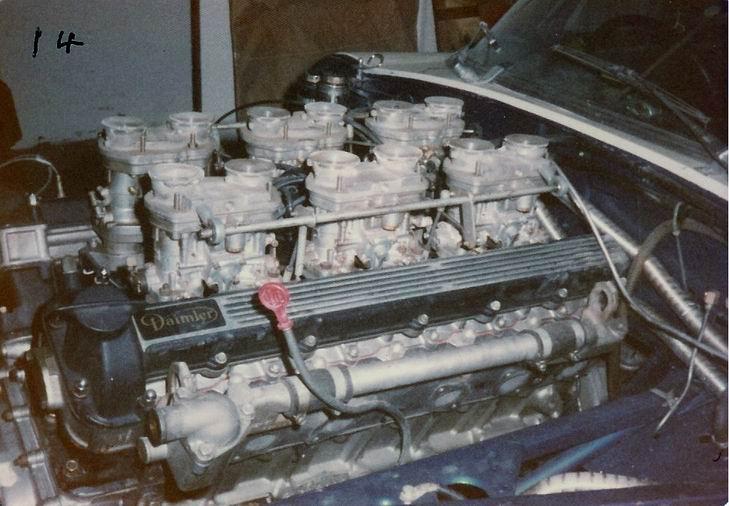 14 Jaguar XKE