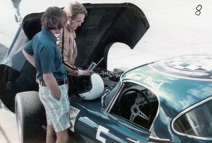 8 Jaguar XKE